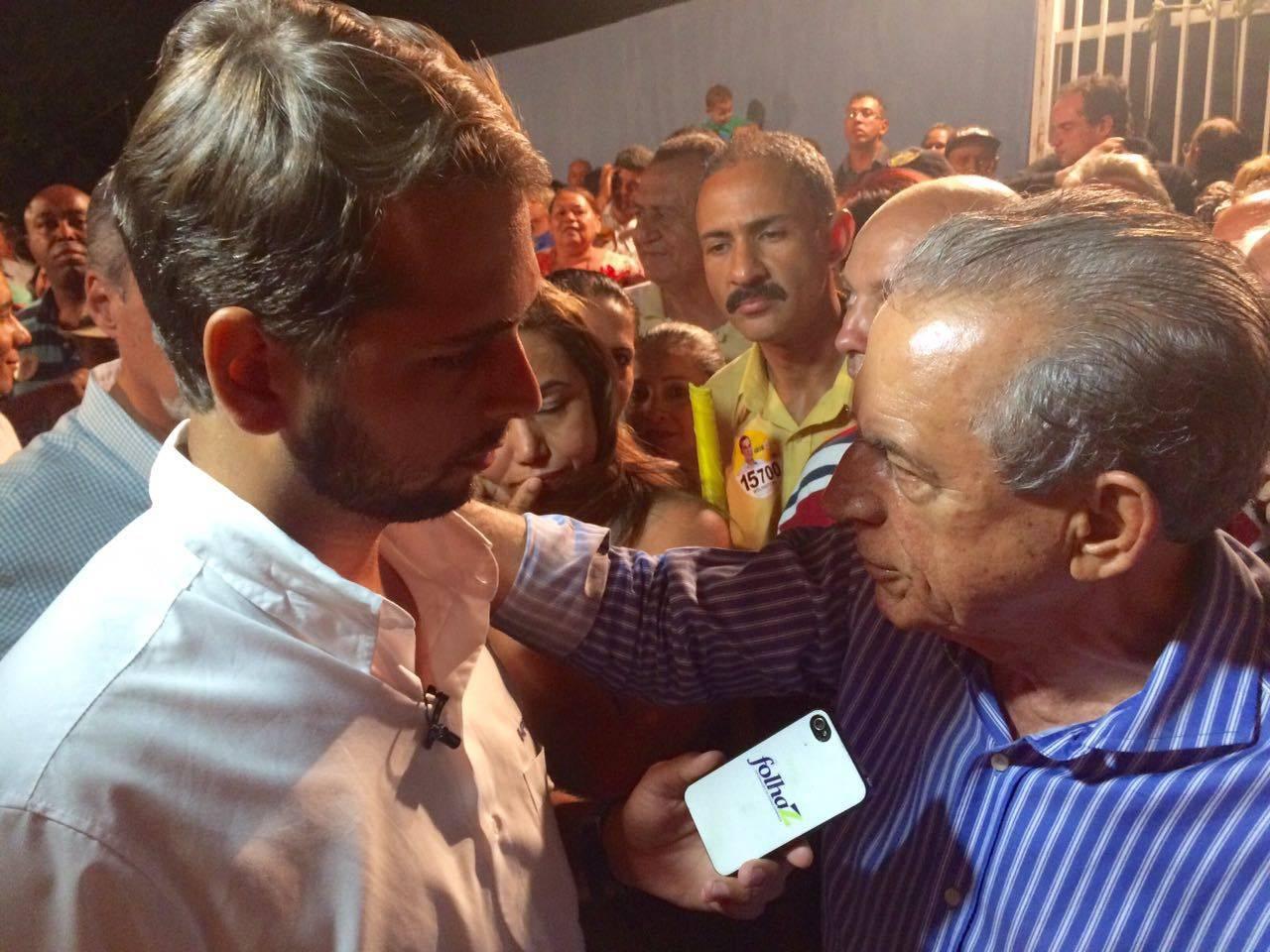 Guilherme Coelho conversa com Iris Rezende | Foto: Folha Z