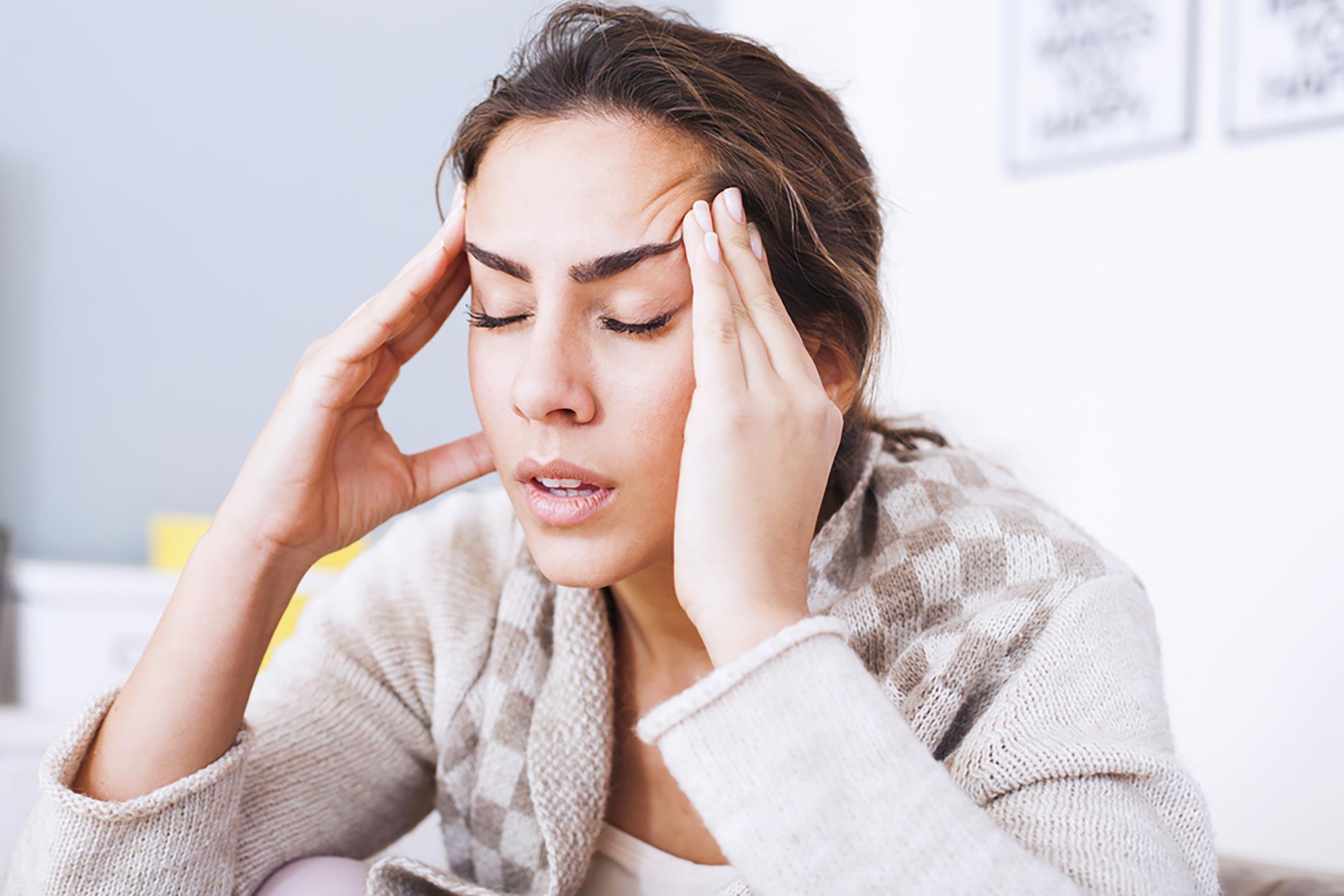 Relação entre dor de cabeça e problemas dentários | Foto: Reprodução