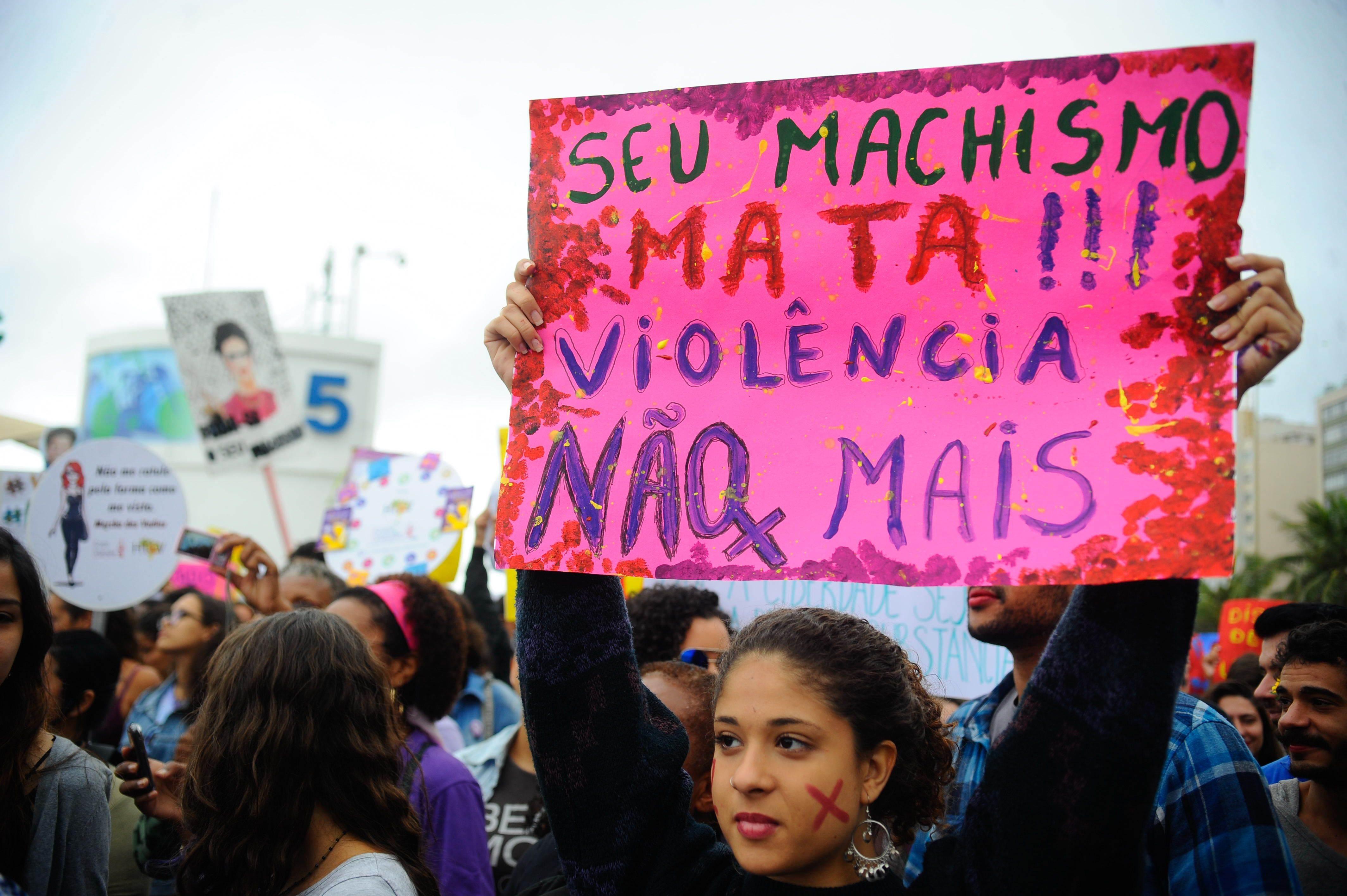 Mulheres protestam em defesa dos direitos femininos durante Marcha-das-Vadias | Foto: Fernando Frazão Agência Brasil