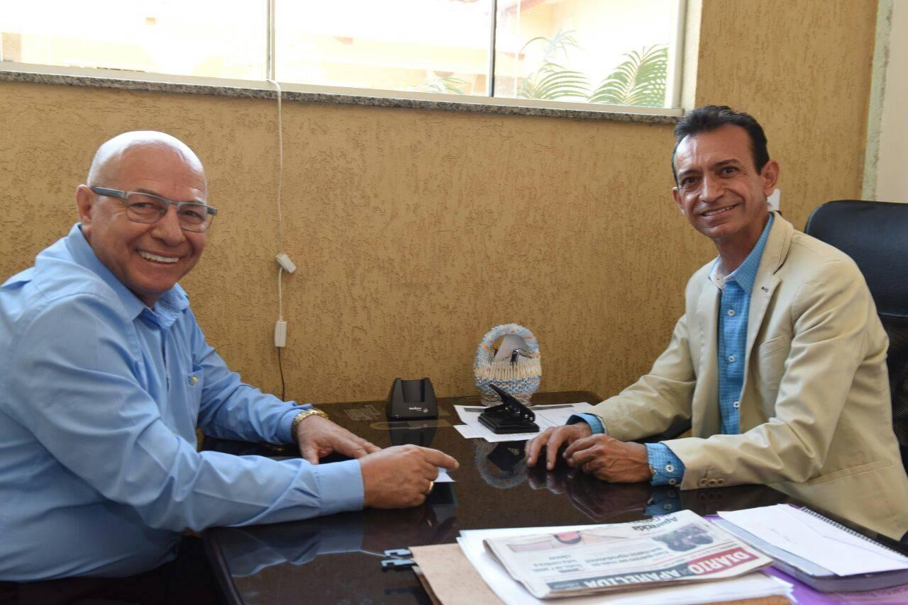 Professor Alcides Ribeiro e vereador Ataídes Neguinho | Foto: Assessoria