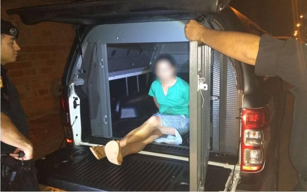 Mulher espanca filho de 7 anos para obrigar pai a buscá-lo e acaba presa pela Rotam em Sen. Canedo | Foto: Divulgação/Rotam
