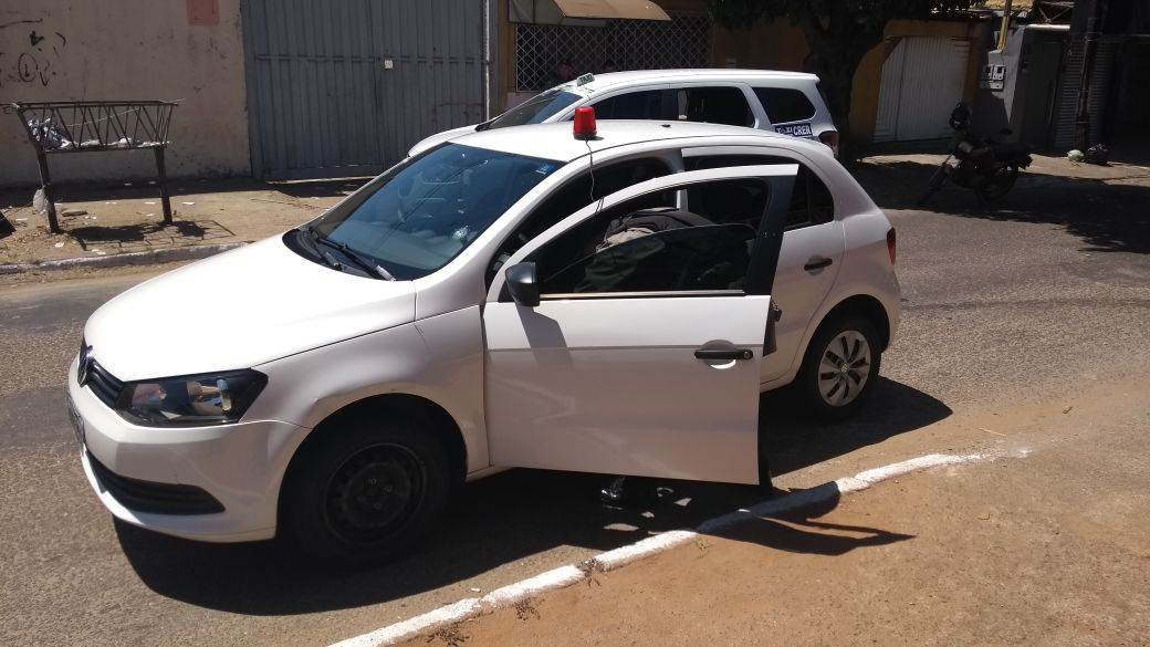 Homem de 29 anos tentou usar giroflex para enganar os policiais | Foto: Divulgação / PM
