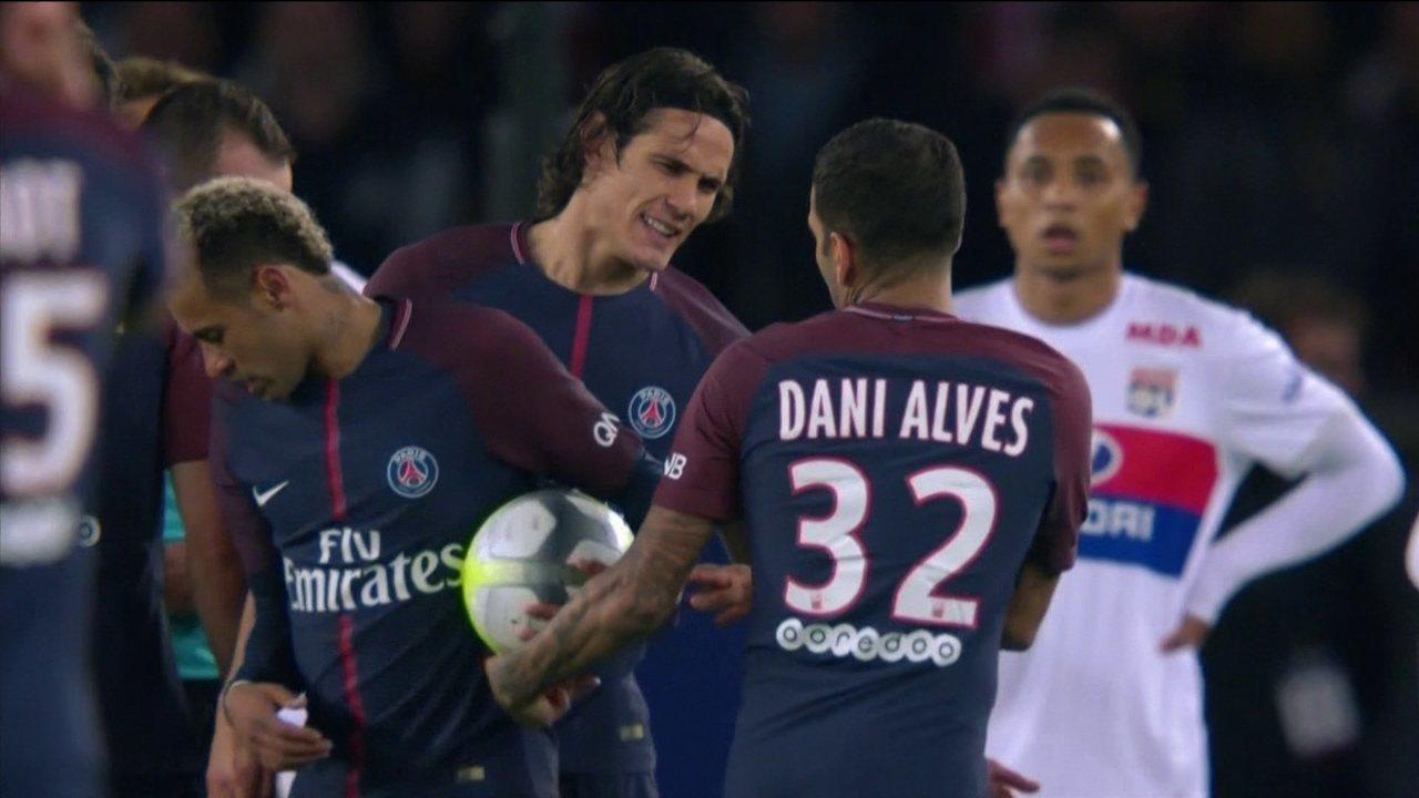 Neymar, Cavani e Daniel Alves protagonizam momento tenso em campo no último domingo, 17 | Foto: Reprodução