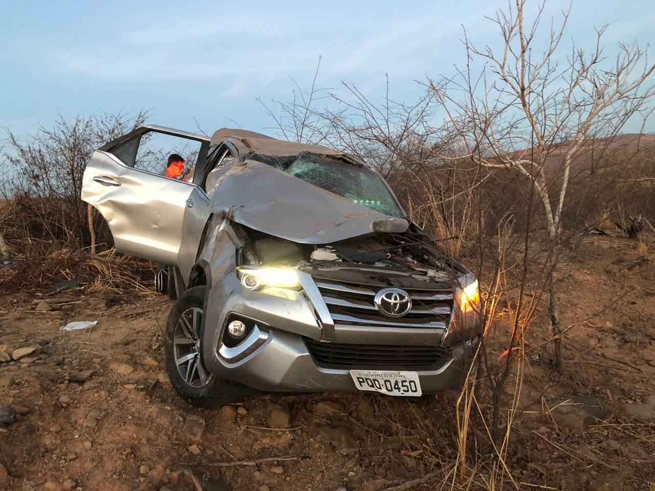 Condutor teria perdido o controle do carro | Foto: divulgação
