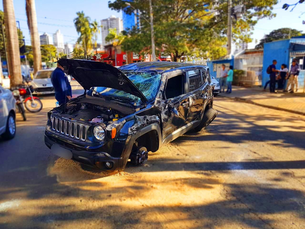 Em caso de acidente, motorista, passageiro ou pedestre podem pedir indenização do DPVAT | Foto: Folha Z