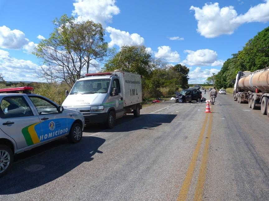 Acidente em 2012 na GO-070 deixou 3 vítimas fatais próximo a cidade de Itaberaí – Foto: Divulgação / PMGO