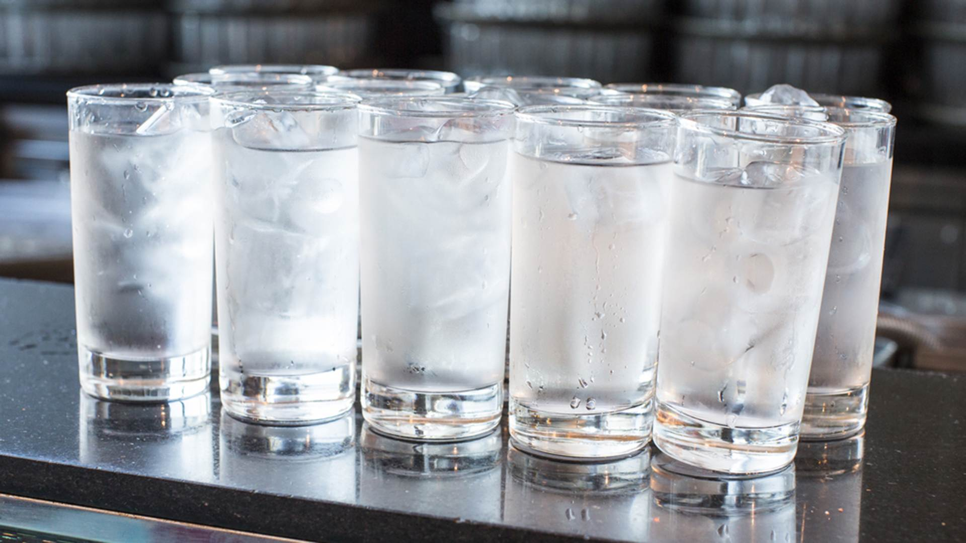 Beber água gelada é sempre proibido pelas mães | Foto: Reprodução