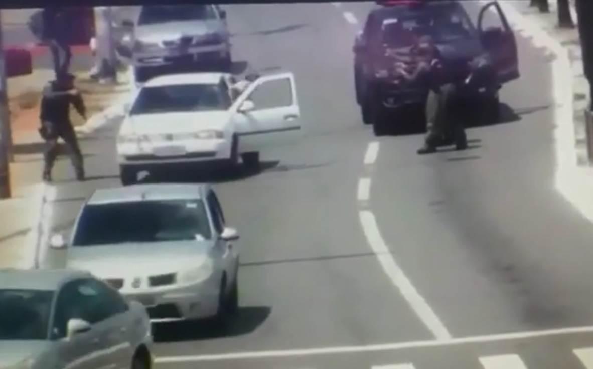 GRAer aborda ladrão de carro no Setor Sul, em Goiânia | Foto: Reprodução