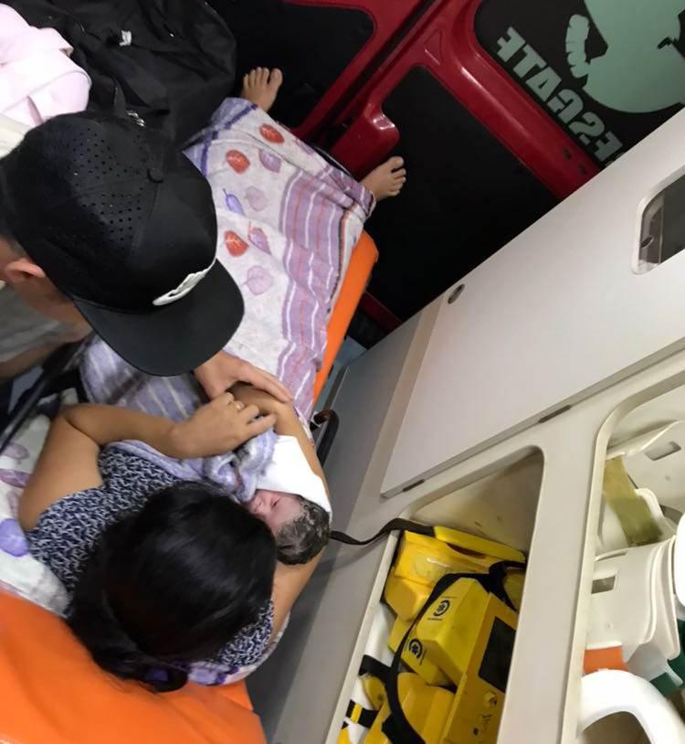 Bombeiros realizam parto de emergência em Goiás   Foto: CBMGO