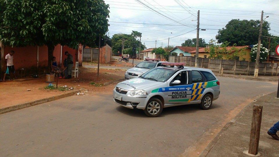 Dois carros foram roubados em um período de 4 horas na última sexta-feira, 23, em Bela Vista, a 50 km de Goiânia, e aumentaram estatísticas da violência em Goiás | Foto: Divulgação/ PM