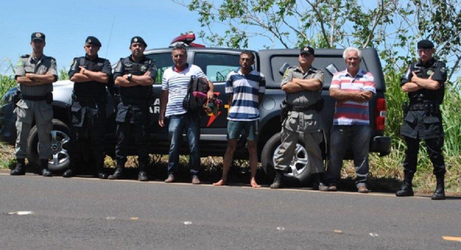 Prisão dos suspeitos foi efetuada um dia após o crime | Foto: Divulgação/ PM