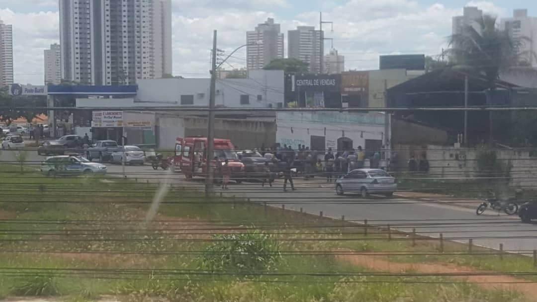 Crime foi registrado no início da tarde desta terça, 27, em Aparecida de Goiânia | Foto: Leitor/ Whatsapp