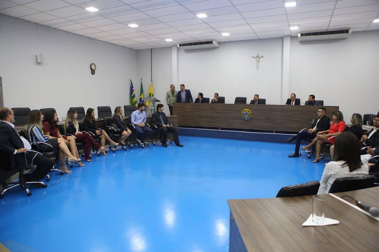 Dois terços de jornalistas homenageados pela Câmara de Aparecida são funcionários da prefeitura | Foto: Marcelo Silva