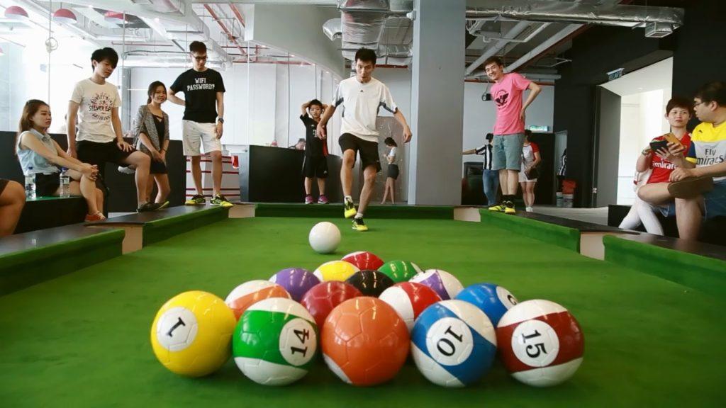 Snookball é uma ótima opção de lazer para unir a família, já que não tem restrição de idade | Foto: Divulgação