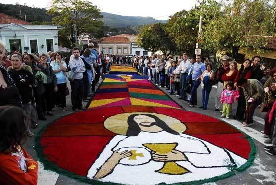 Procissão de Corpus Christ em feriado do dia 31 de maio | Foto: Reprodução