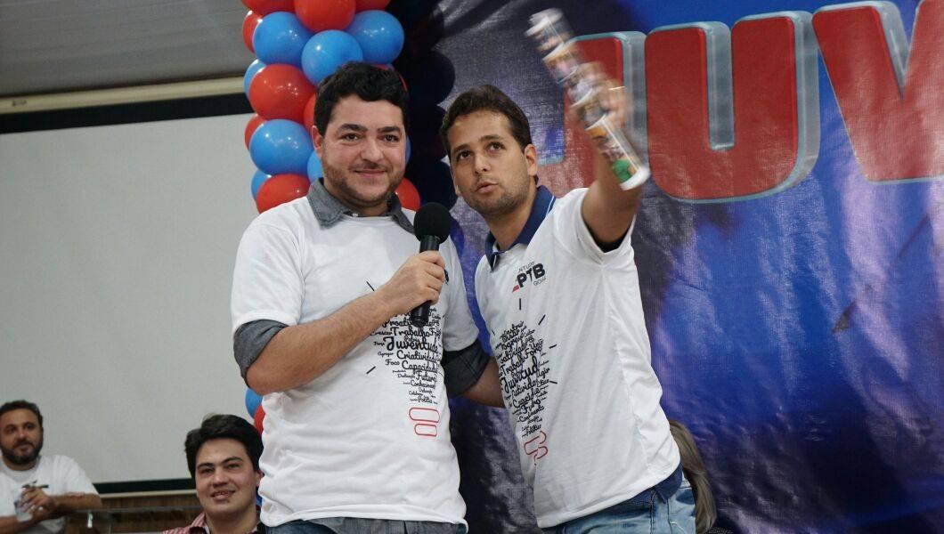 Deputado estadual Henrique Arantes e presidente estadual da JPTB Guilherme Coelho | Foto: Folha Z