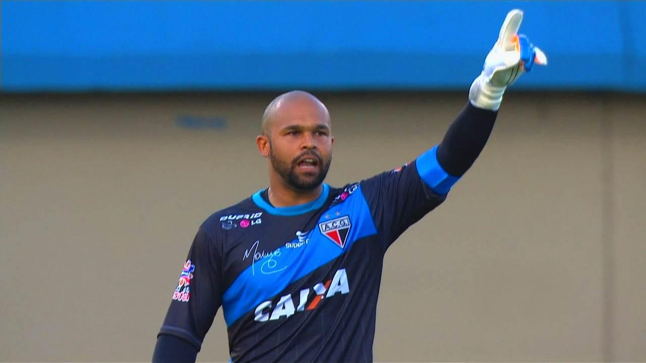 Márcio pode se tornar o terceiro goleiro artilheiro da história do futebol mundial | Foto: Reprodução