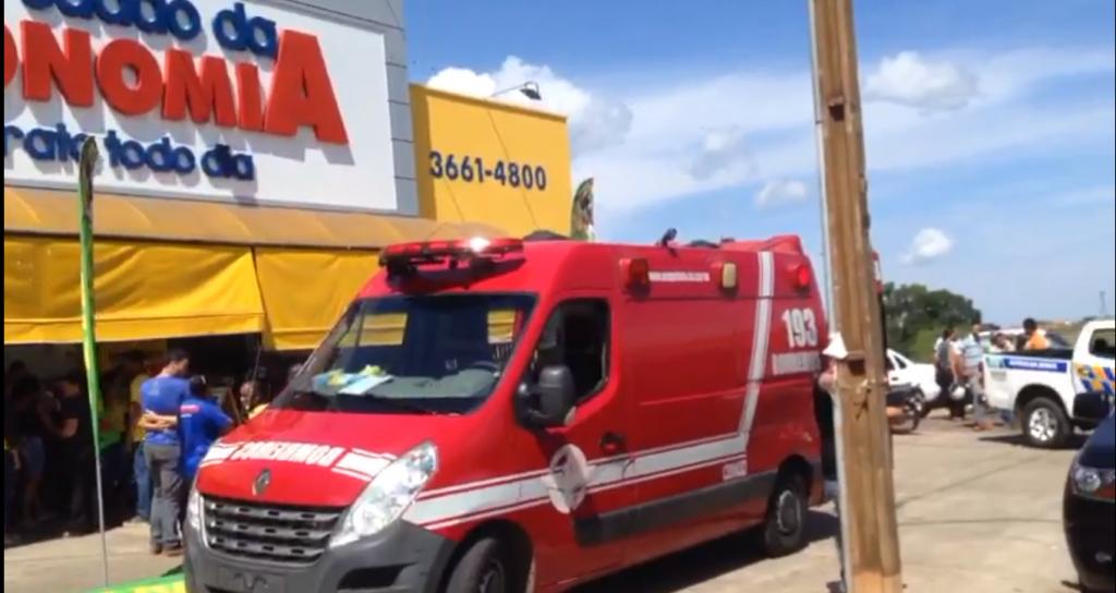 Quatro assaltantes fugiram após praticarem latrocínio (roubo segudo de morte), em supermercado em Morrinhos. Um açougueiro morreu e outra funcionária foi baleada | Foto: Reprodução