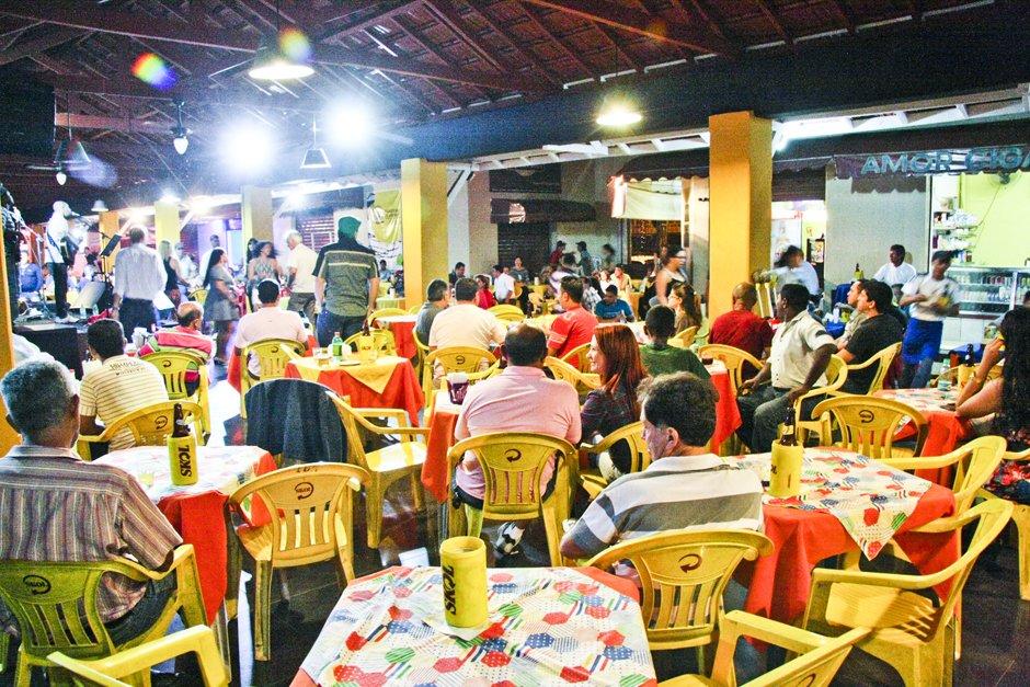 O popular Mercado da 74 reúne três restaurantes saborosos e baratos no centro de Goiânia | Foto: Reprodução