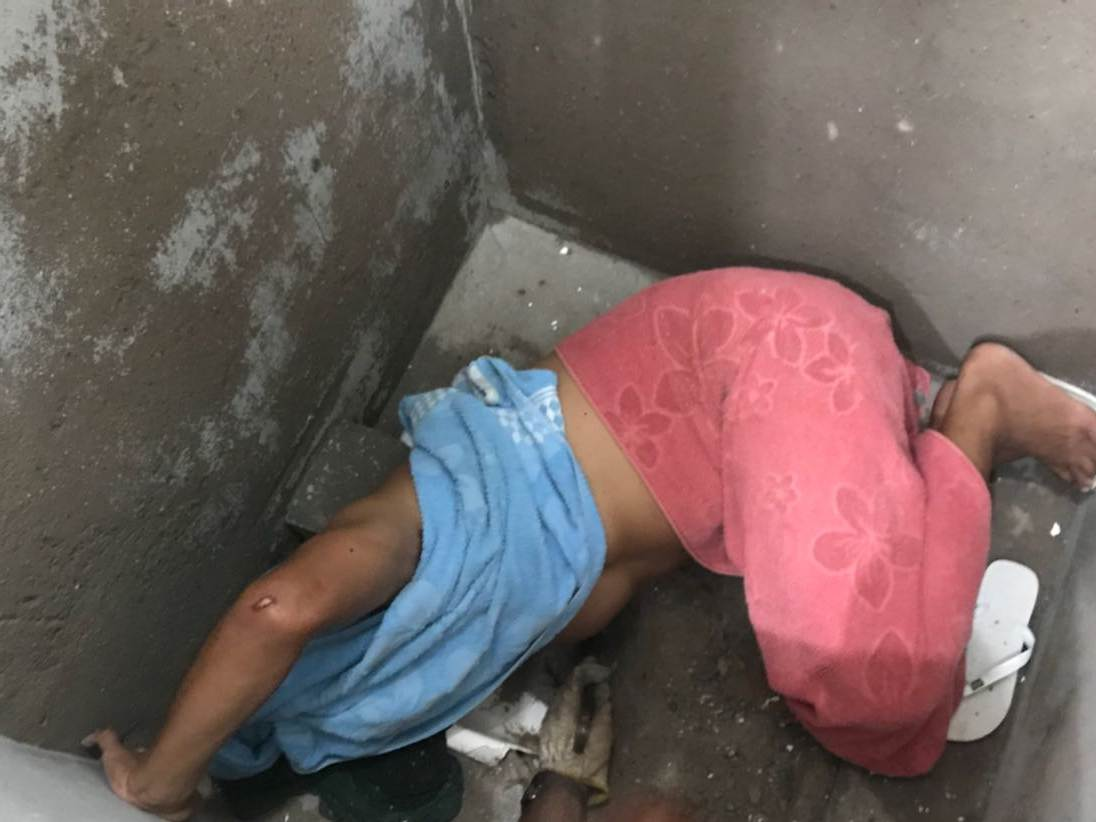 Em Jataí, bombeiros resgatam preso que ficou entalado em sanitário   Foto: Reprodução