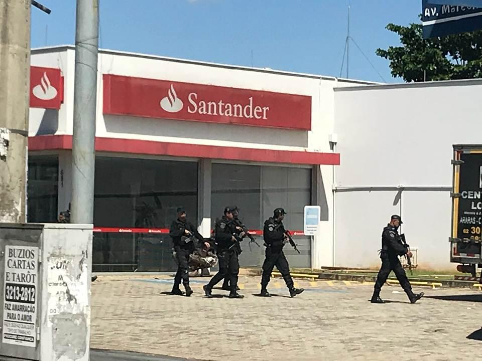Policias do Bope foram acionados para ajudar na ocorrência | Foto: leitor FZ