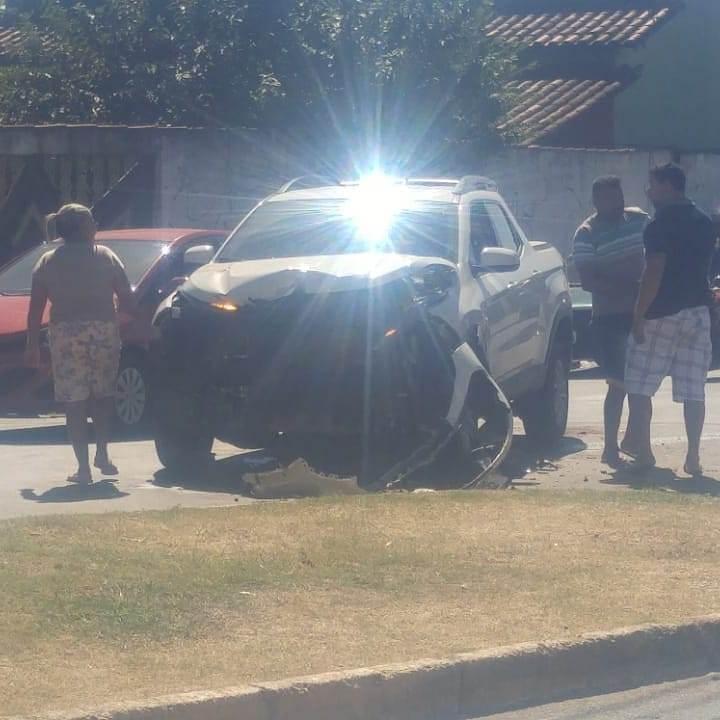 Na fuga, criminosos bateram em um Fiat Toro | Foto: duvlgação
