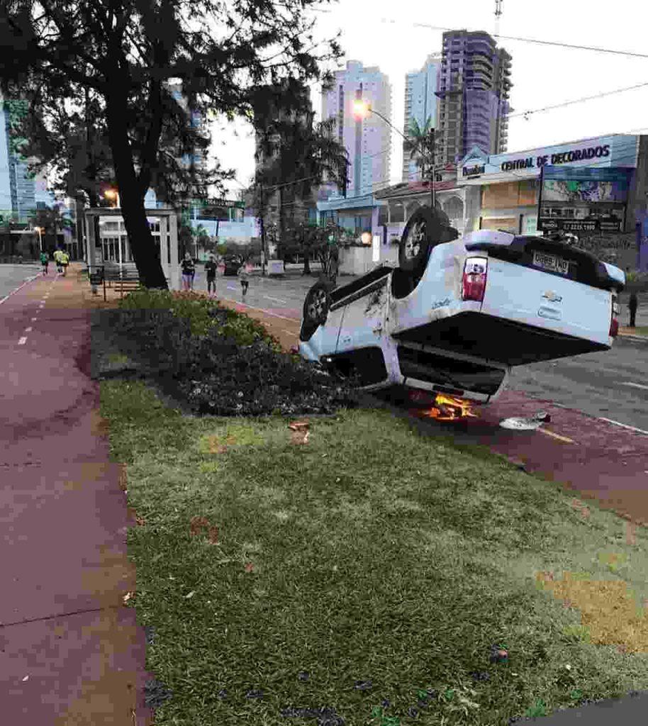 Alameda Ricardo Paranhos, no Setor Marista, não conta com radar fixo, o que tem causado acidentes recorrentes | Foto: Fernando Diniz