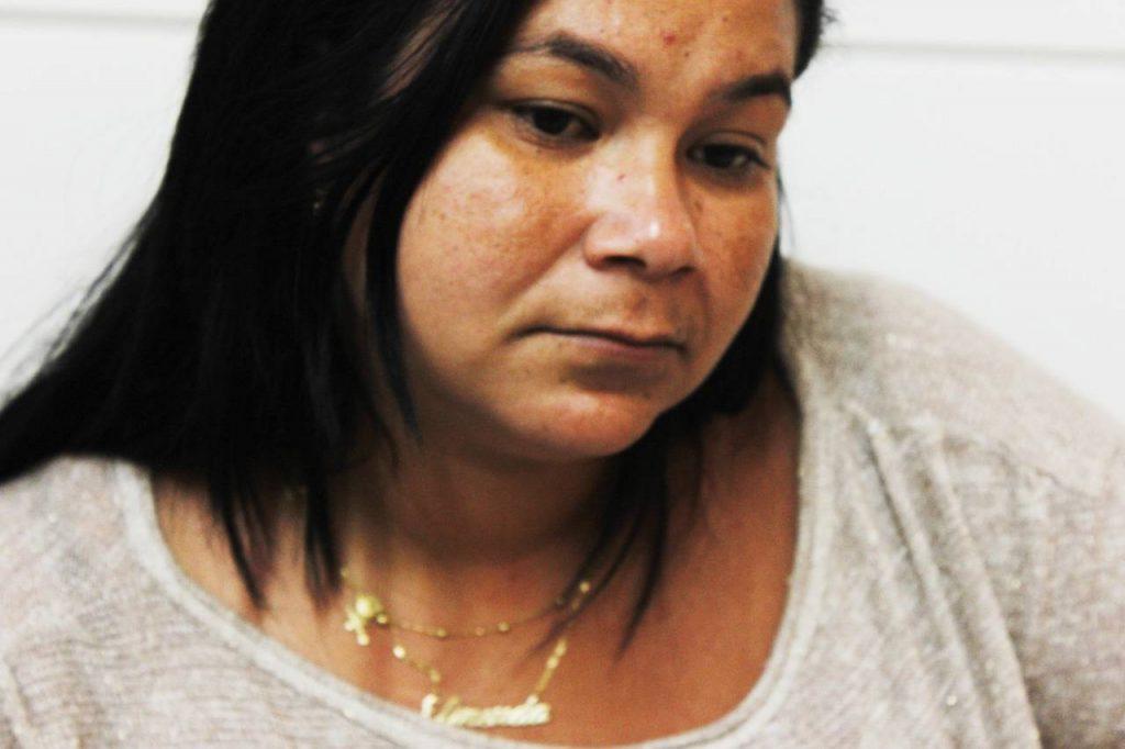 Ainda sem respostas, a mãe de Camily transita entre Goiânia e São Miguel em busca da filha | Foto: Pedro Lopes