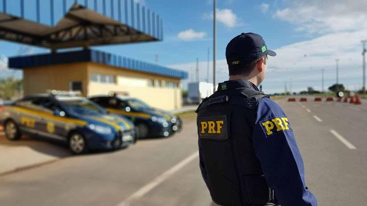 Polícia Rodoviária Federal (PRF) também pode emitir infrações nas rodovias brasileiras | Foto: Reprodução