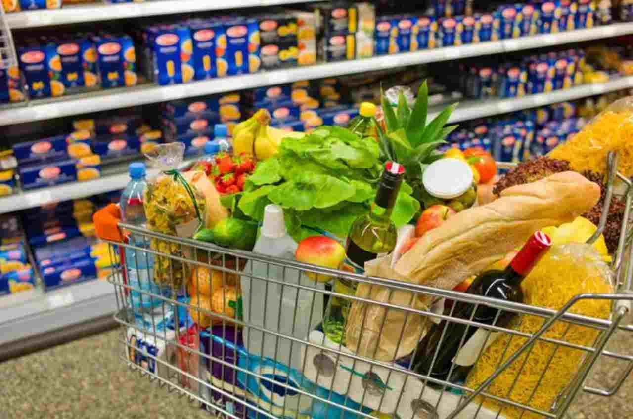 Concorra a R$ 300 em compras no Tatico, em parceria com o Folha Z. Supermercado tem ofertas todos os dias | Foto: Divulgação