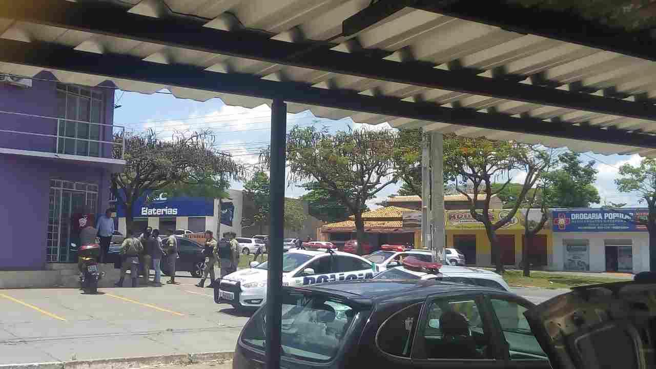 Homem é morto com 2 tiros dentro de uma igreja no Jardim Guanabara | Foto: Leitor/Whatsapp