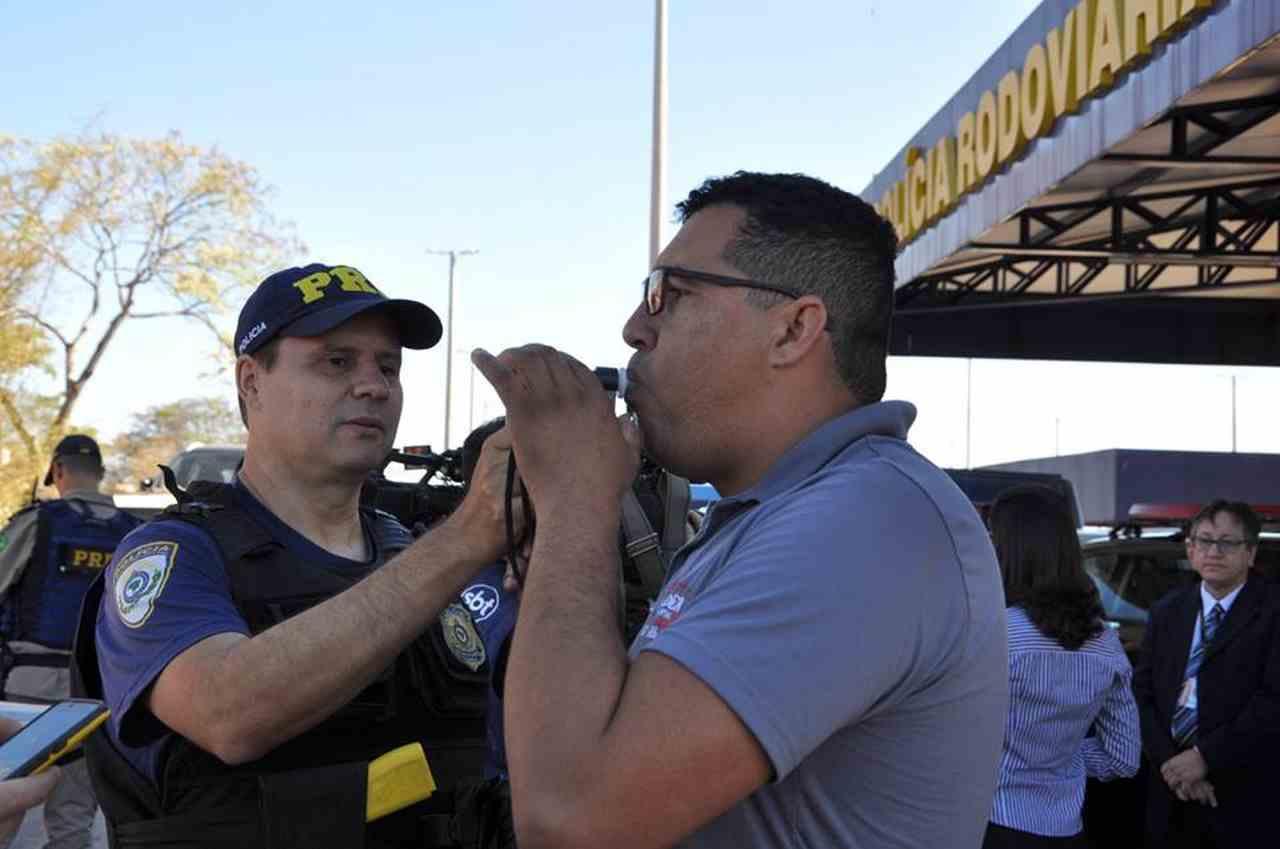 Inspeção dos equipamentos de radar e bafômetro também deve ser levada em conta no momento de recorrer de multa | Foto: Divulgação/Detran-GO