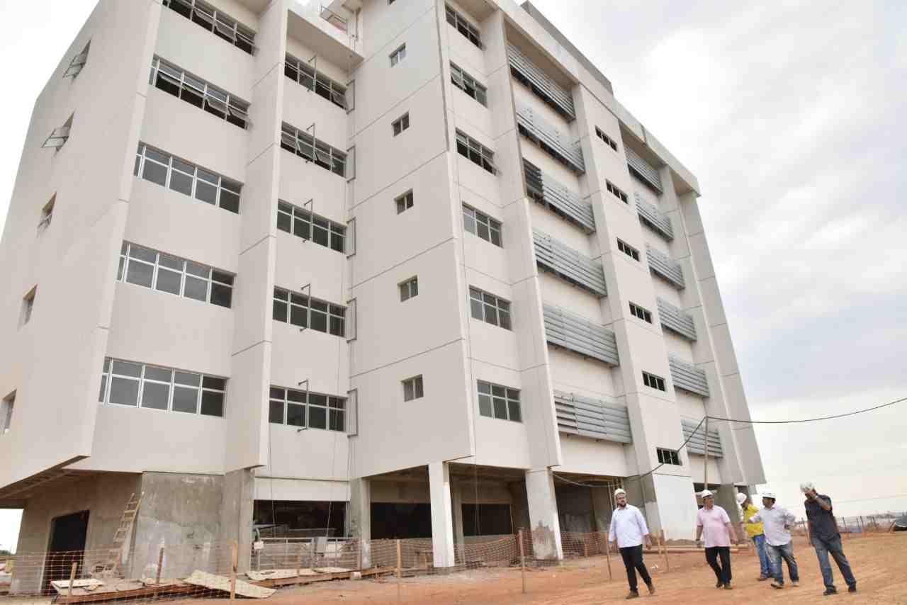 Novo Paço da Prefeitura de Aparecida de Goiânia deve ser inaugurado ainda em 2018   Foto: Jhonney Macena