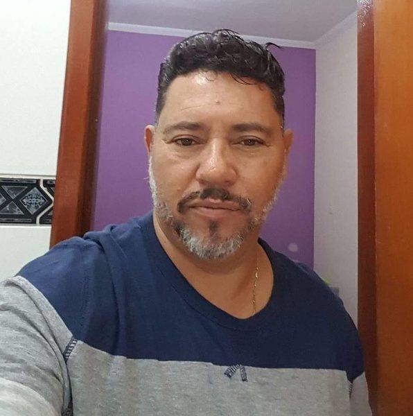 Gilmar Oliveira Freitas é diretor administrativo da Câmara de Aparecida, onde foi admitido em 1989 | Foto: Arquivo Pessoal