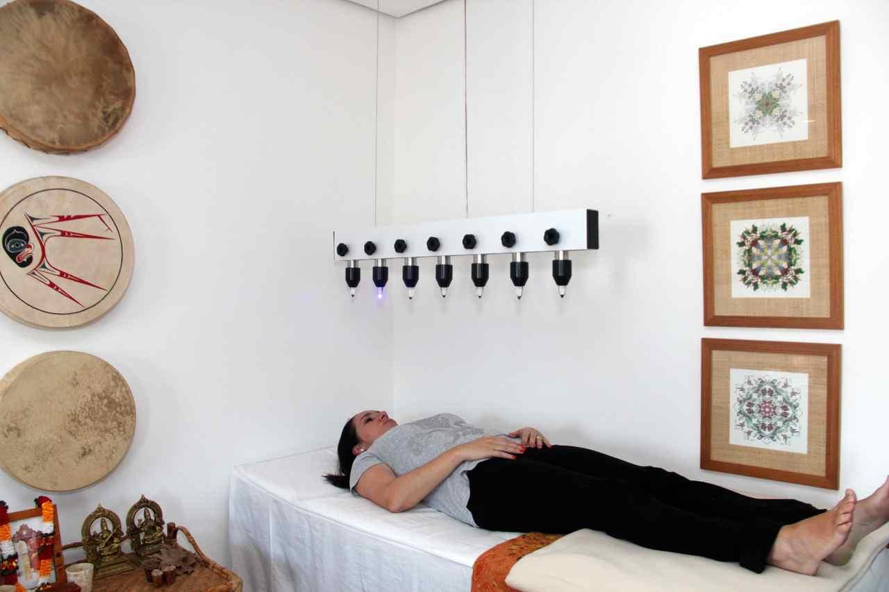 O banho de luz com cristais realizado na Casa é um dos serviços que são cobrados | Foto: ilustração