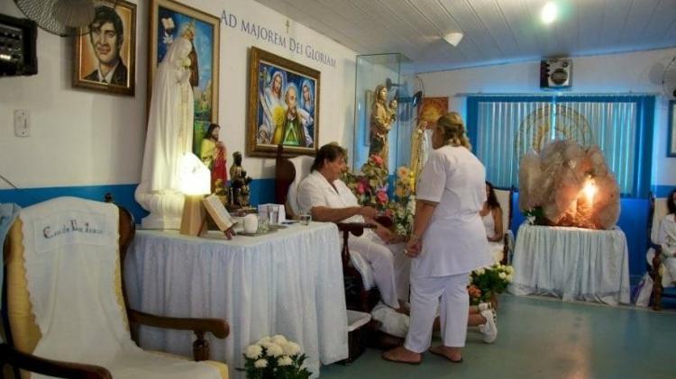 Médium João de Deus em atendimento na Casa Dom Inácio de Loyola | Foto: reprodução