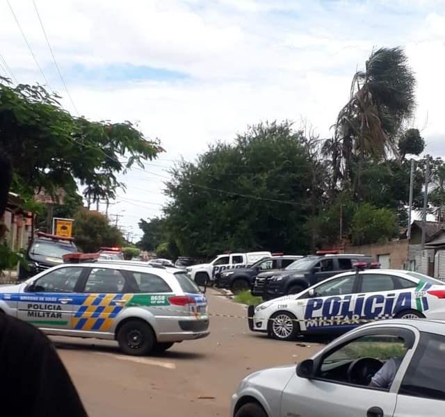 Ladrões de carro morrem em confronto com a Rotam em Trindade   Foto: Bill Guerra