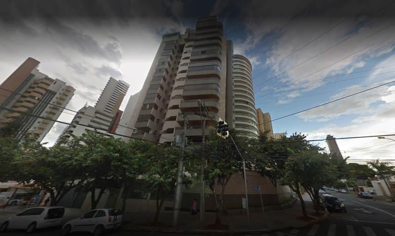 Edifício El Greco, na rua R-11, no Setor Oeste, foi alvo de assaltantes na tarde desta quinta-feira, 7 | Foto: Google Maps