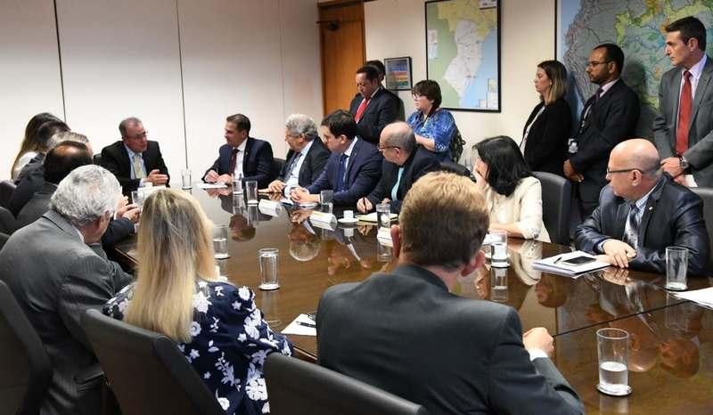 Deputados e senadores de Goiás se reúne com ministros de Bolsonaro | Foto: Divulgação