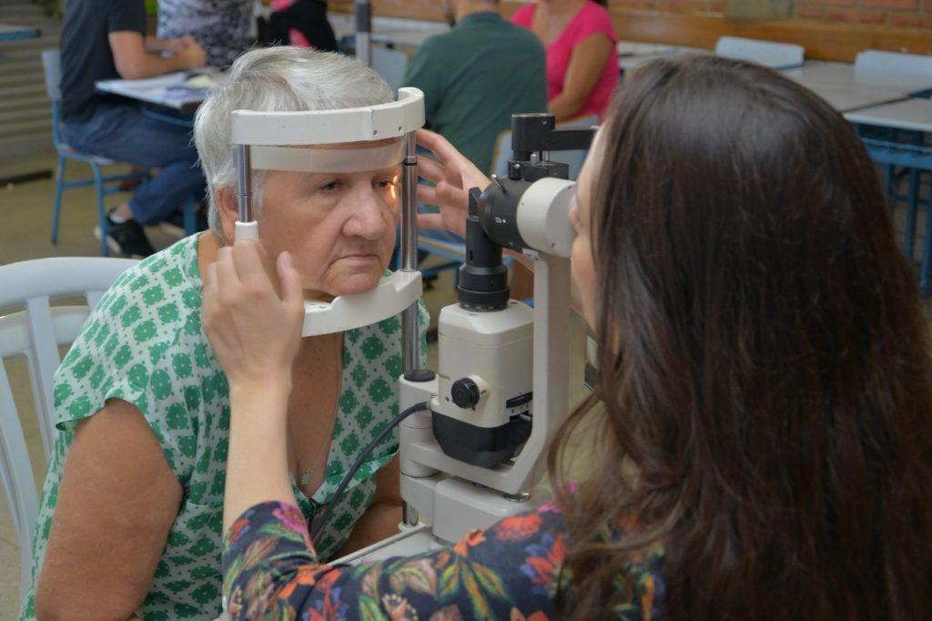 Exames de vista computadorizado foram ofertados