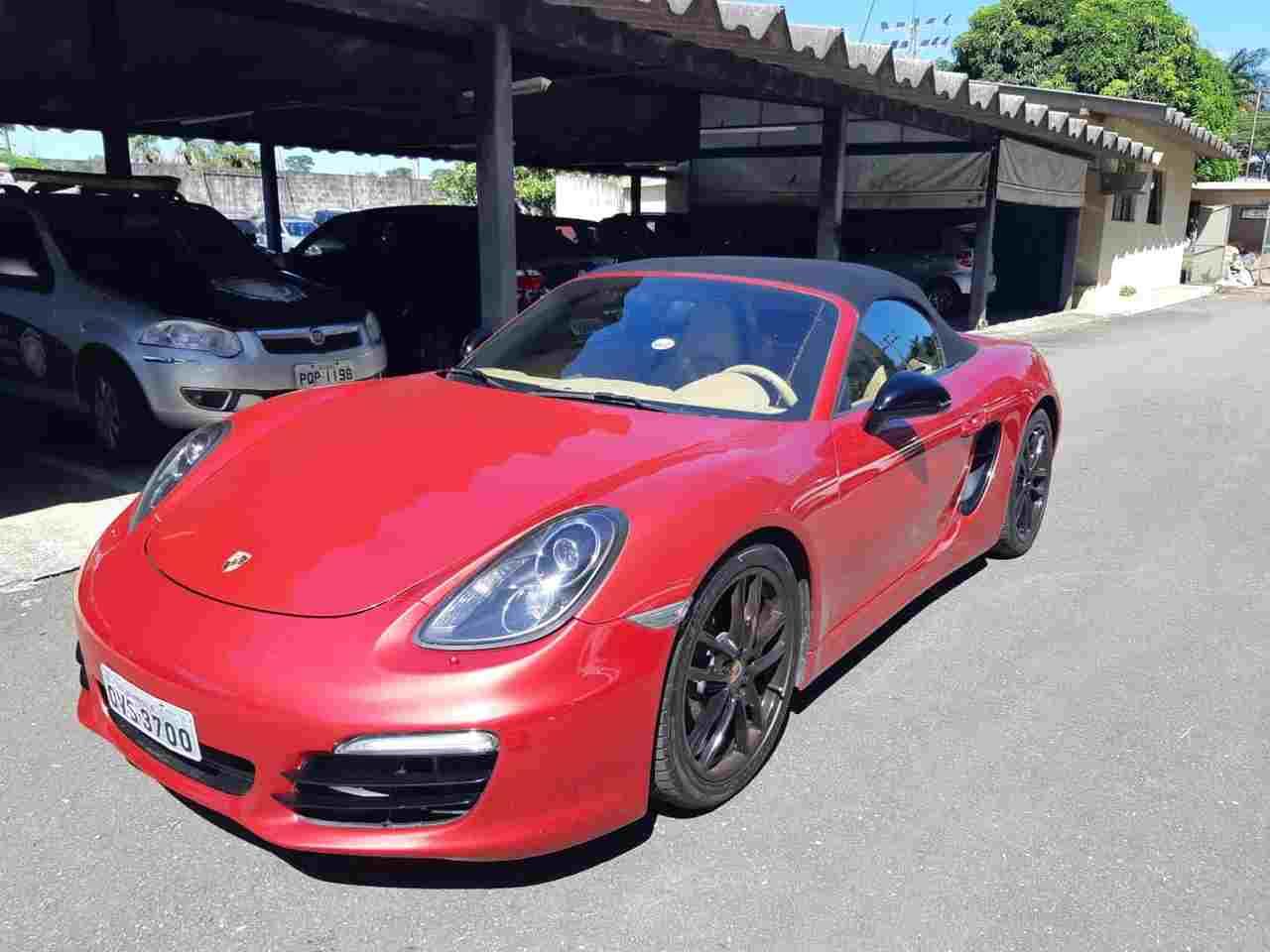 Empresário compra Porsche Goiânia