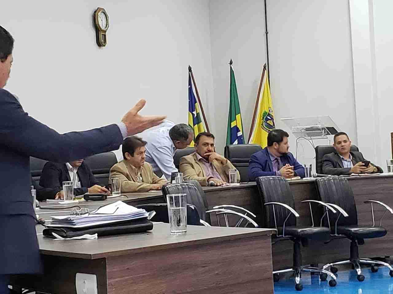 Fundo para construção de sede acende debates entre vereadores na Câmara de Aparecida | Foto: Folha Z