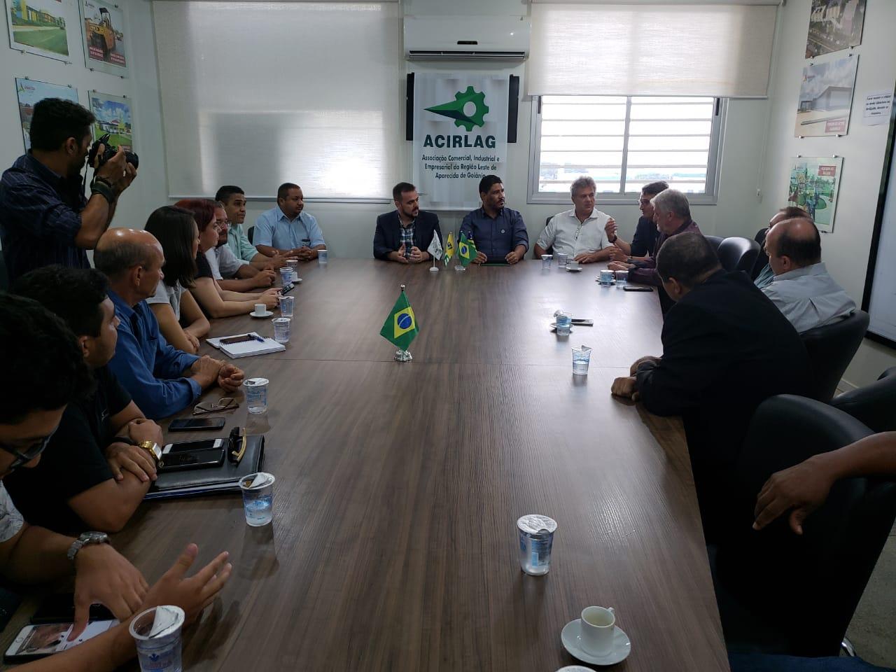 Em reunião com a prefeitura, Acirlag debate demandas dos empresários   Foto: Folha Z