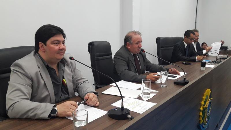 Secretário municipal da Fazenda André Rosa foi à Câmara defender a proposta de lei | Foto: Divulgação / Assessoria