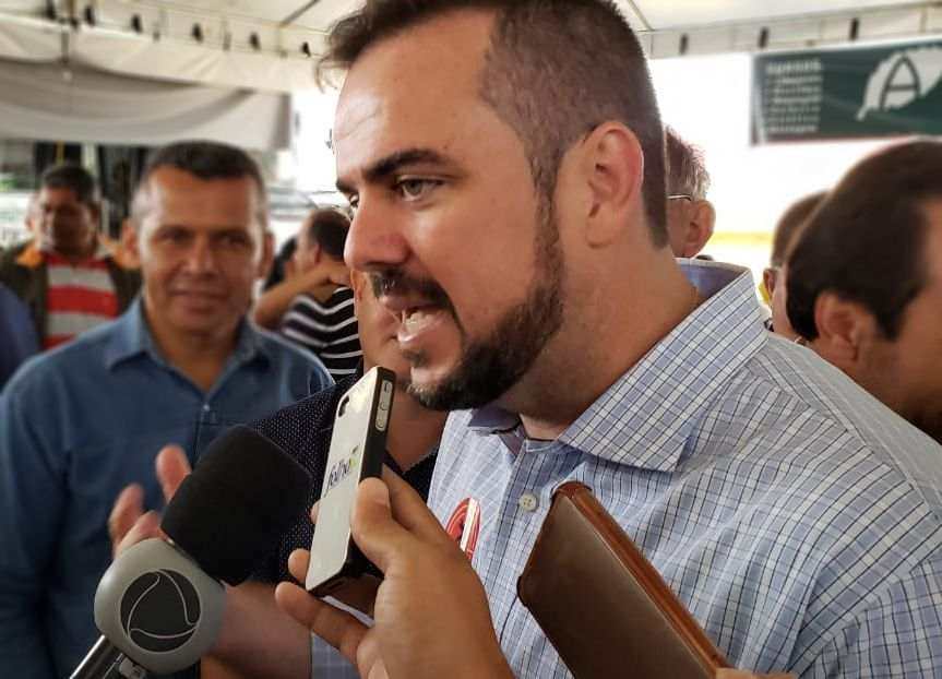 Prefeito Gustavo Mendanha (MDB) | Foto: Folha Z