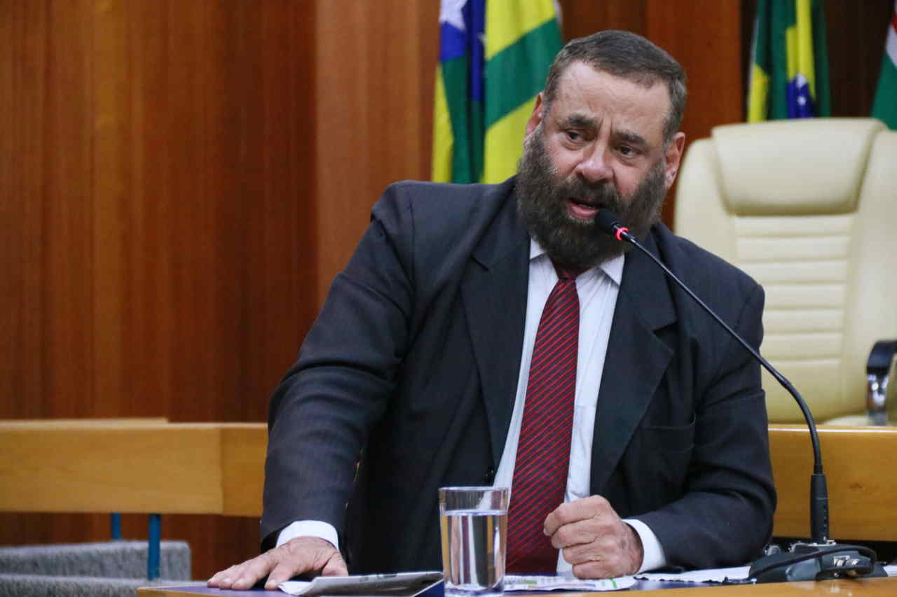 Vereador Paulo Magalhães viaduto Goiânia Leandro