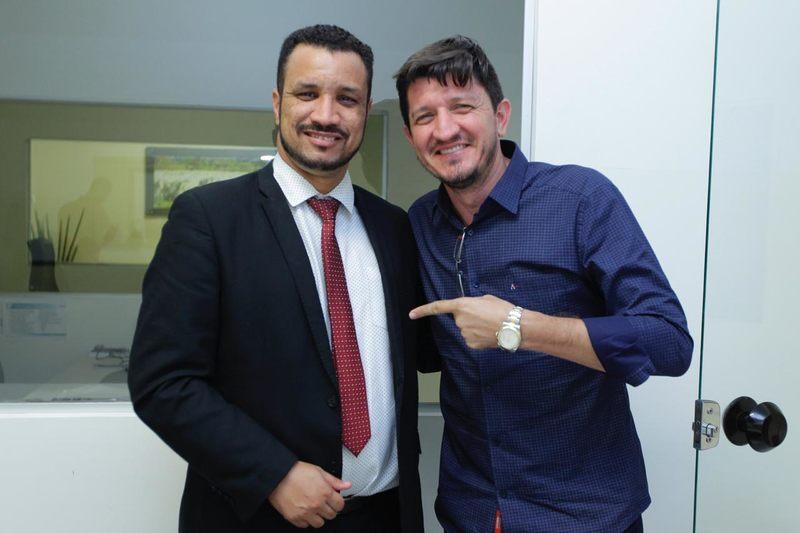 Ao final da reunião, para Daniel, ficou claro que o deputado pretende disputar a Prefeitura de Aparecida em 2020 | Foto: Divulgação