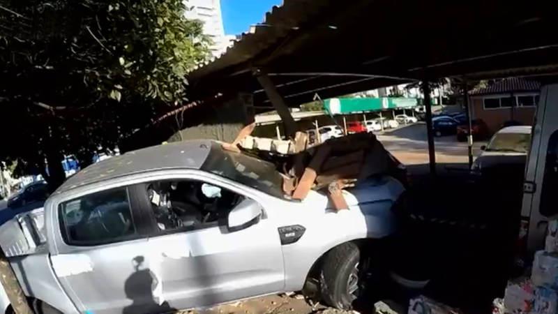 Camionete derrubou o muro de um Colégio Militar Polivalente Modelo Vasco Dos Reis | Foto: Reprodução / TV Anhanguera