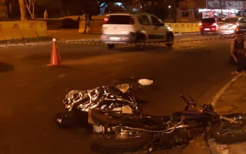 Acidente ocorreu nessa sexta, 16, no Setor Sul, em frente à Praça do Cruzeiro | Foto: Divulgação / PC
