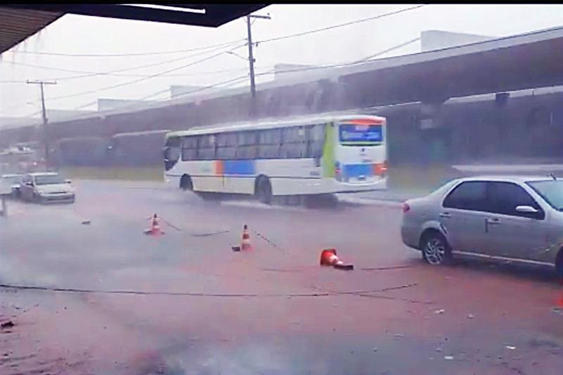 A Defesa Civil de Aparecida emitiu um alerta sobre perigos trazidos pelas primeiras chuvas na cidade   Foto: Reprodução